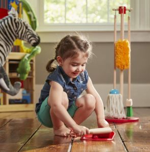 3MEL-8600 LET'S PLAY HOUSE! DUST, SWEEP & MOP (7)